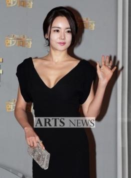 Hwangwoo Seul Hye