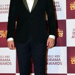 Lee Hee Joon