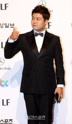 Jeon Hyun Moo - nominowany jako wykonawca w variety show