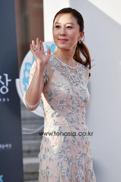 Kim Hee Ae - nominowana w roli pierwszoplan. w kat. filmowej