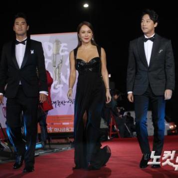 MC - Shin Hyun Jun, Uhm Jung Hwa, Oh Man Seok