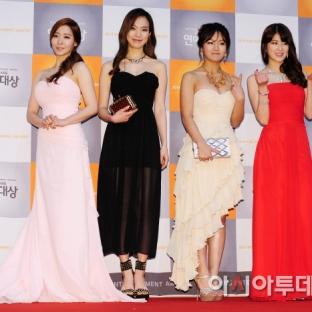 Ahn So Mi, Kim Na Hee, Hong Ye Seul, Kim Seung Hye