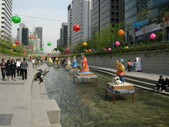 Cheonggyecheon-River-16