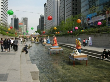 Cheonggyecheon-River-16