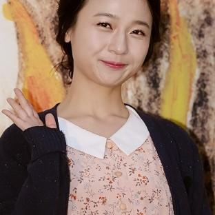 Kim Kkot Bi