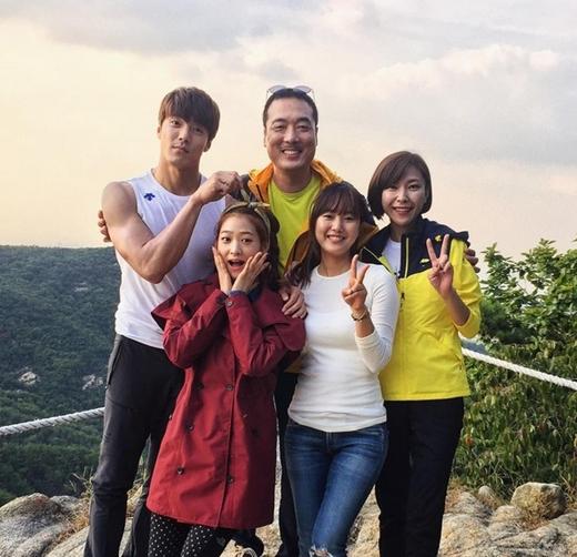 """Plan filmowy """"Cheers to Me"""" [z instagrama Lee Jae Yoona]"""