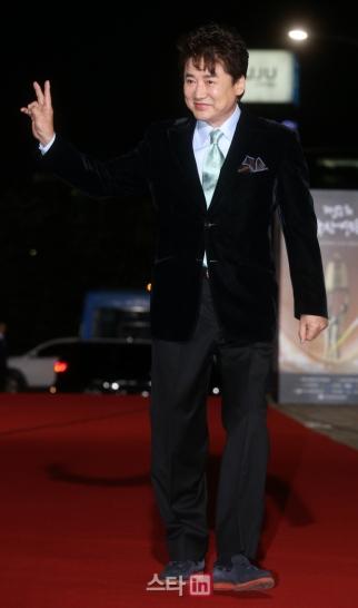 Lee Young Ha