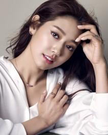 22. Park Shin Hye