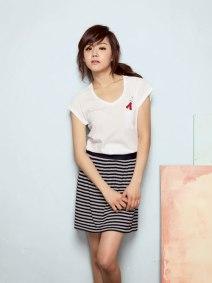 39. Moon Geun Young