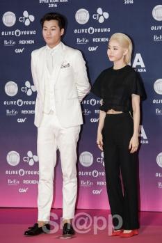 Lee Chun Hee & Hwang Seung Eon