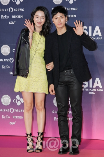 Shin Hye Sun & Lee Yi Kyung