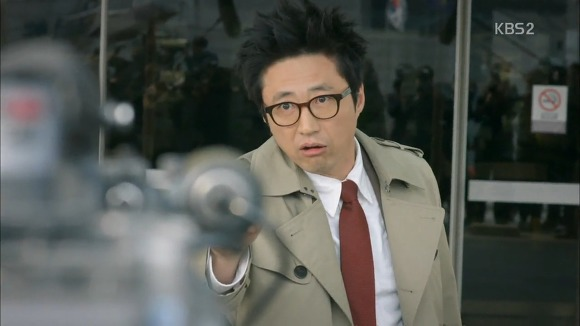 "Park Shin Yang w ""Neighborhood Lawyer Jo Deul Ho"""