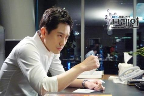 """Shin Ha Kyun w """"Brain"""""""