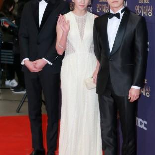 Ahn Hyo Seob, Choi Yoon So i Jung In Seob