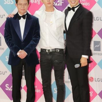 ekipa Ugly Duckling - Tony Ahn, Heo Ji Woong i Park Soo Hong