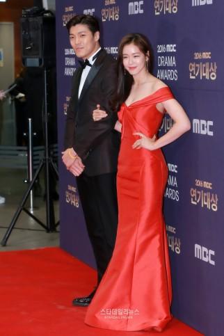 Lee Jae Yoon i Kyung Soo Jin