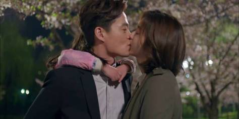 "Lee Seo Jin i UEE w ""Marriage Contract"""