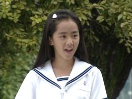 18. 'nation's little sister' Moon Geun Young