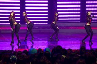 kpop-girls-band-girls-day-performs-at-the-m-countdown-ch_004