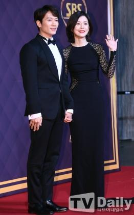 Ji Sung & Lee Bo Young