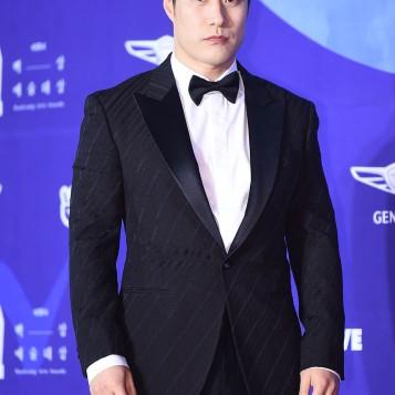 BAE SUNG WOO - nominowany za rolę drugoplanową