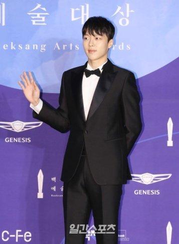 JANG KI YONG - nominowany jako nowy aktor / zdobywca nagrody