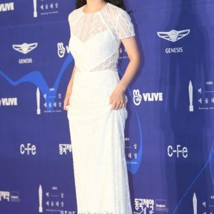 JEON YEO BIN - nominowana jako nowa aktorka