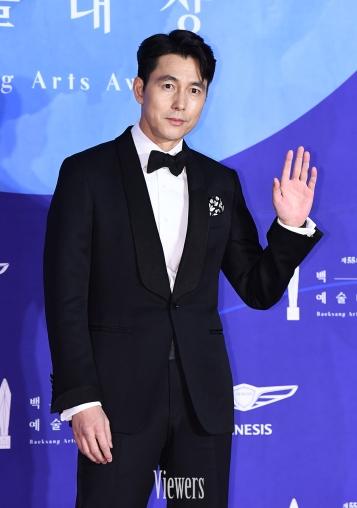 JUNG WOO SUNG - nominowany za rolę pierwszoplanową / zdobywca Daesanga