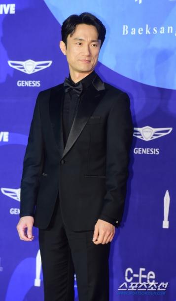 KIM BYUNG CHUL - nominowany za rolę drugoplanową / zdobywca nagrody