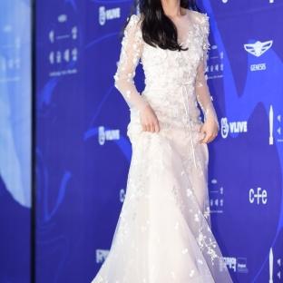 KIM HYE YOON - nominowana jako nowa aktorka / zdobywczyni nagrody