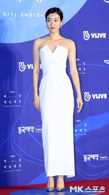 LEE JOO YOUNG - nominowana jako nowa aktorka
