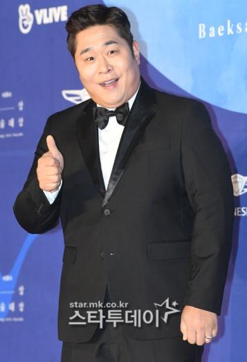 MOON SE YOON - nominowany za występ w variety show