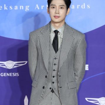 PARK SUNG HUN - nominowany jako nowy aktor
