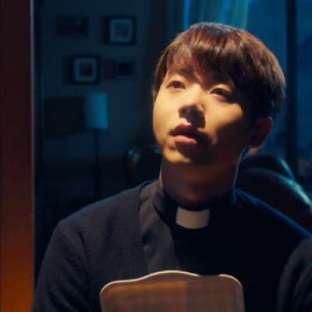 "Jeon Sung Woo w ""The Fiery Priest"""