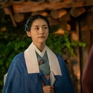 "Park Ji Hyun w ""Rookie Historian Goo Hae Ryung"""