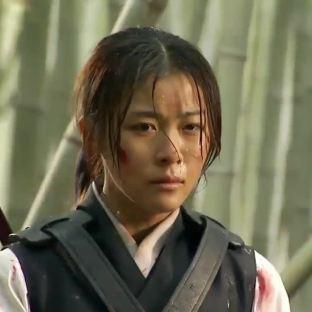 "Ha Ji Won w ""Damo"" (MBC 2003)"