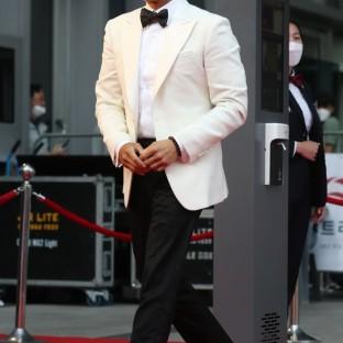 najlepszy aktor LEE BYUNG HUN