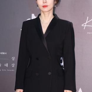 KANG MAL GEUM - nominowana jako nowa aktorka / zdobywczyni nagrody