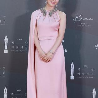 KIM HEE AE - nominowana za rolę pierwszoplanową / zdobywczyni nagrody