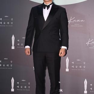LEE HEE JOON - nominowany za rolę drugoplanową