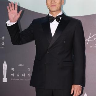 PARK HAE SOO - nominowany jako nowy aktor