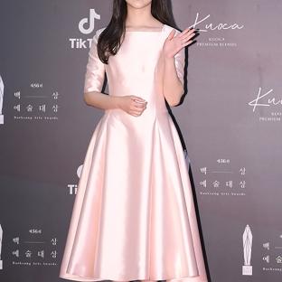 PARK JI HOO - nominowana jako nowa aktorka
