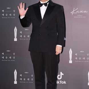 PARK MYUNG HUN - nominowany za rolę drugoplanową / nominowany jako nowy aktor / zdobywca nagrody dla najlepszego nowego aktora
