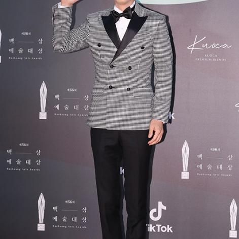 YOO JAE SEOK - nominowany za występ w variety show / zdobywca nagrody