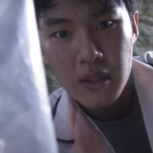"Kim Dong Hee w ""Extracurricular"" (Netflix 2020)"